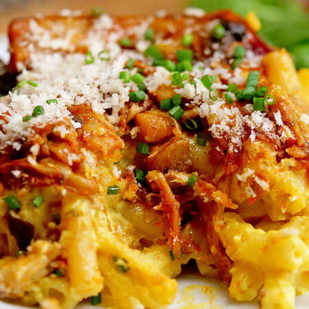 Pulled 'Pork' Baked Mac & Cheese